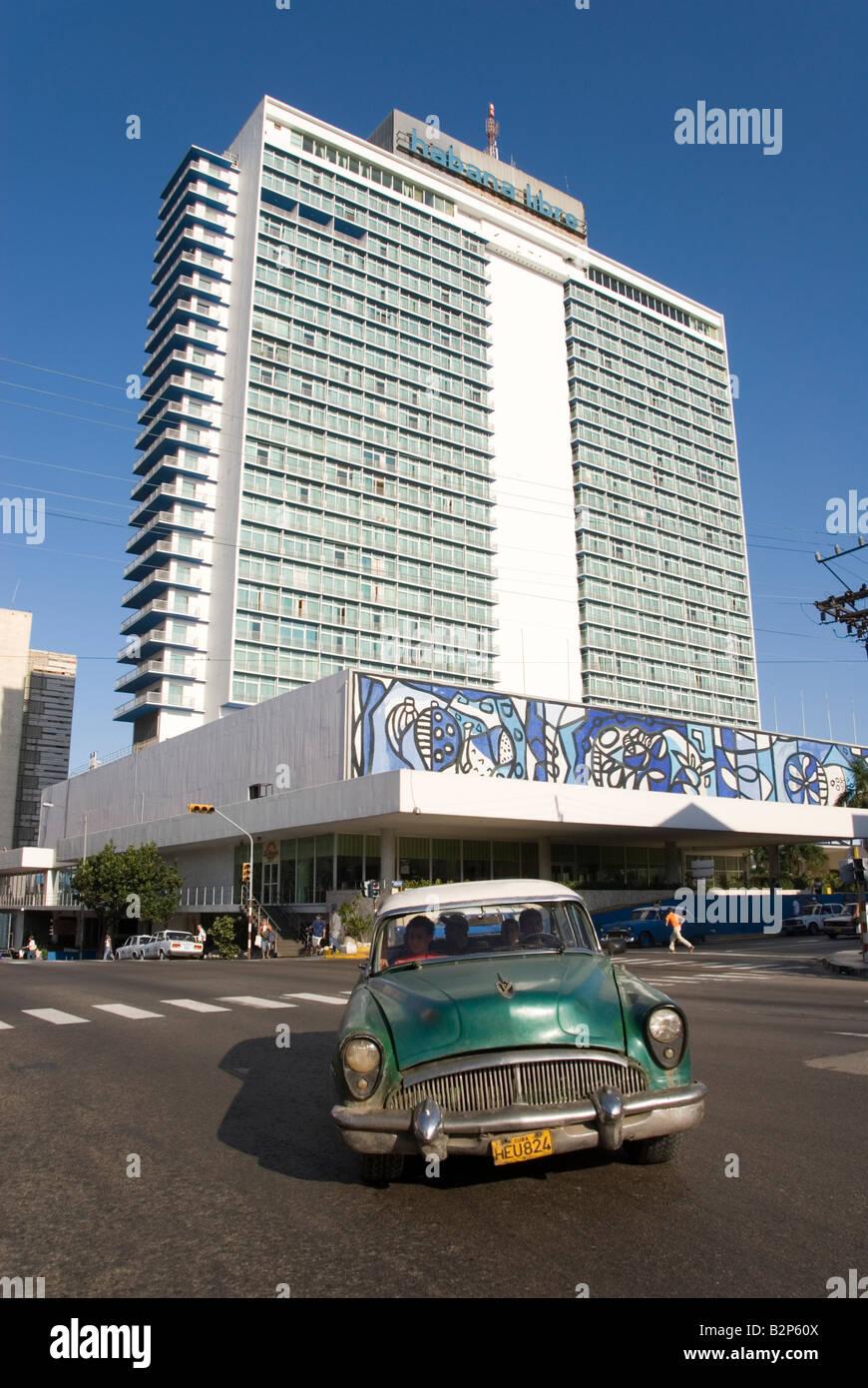 Le célèbre hôtel Habana Libre sur la Calle 23 connu sous le nom de la Rampa dans Verdado Cuba La Photo Stock