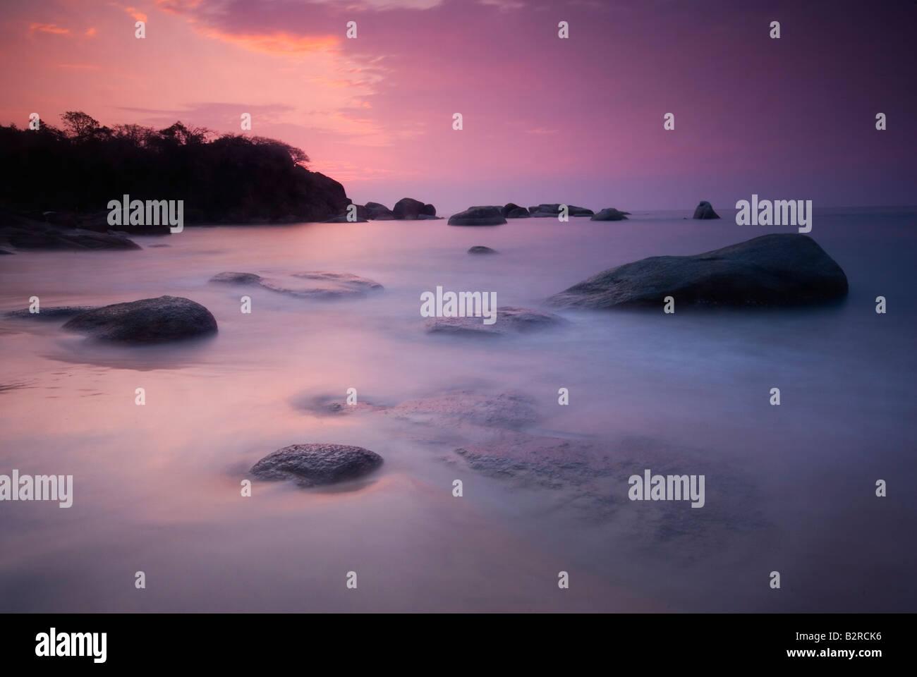 Coucher du soleil à plage d'Agonda, Goa, Inde du Sud, sous-continent indien, en Asie Photo Stock