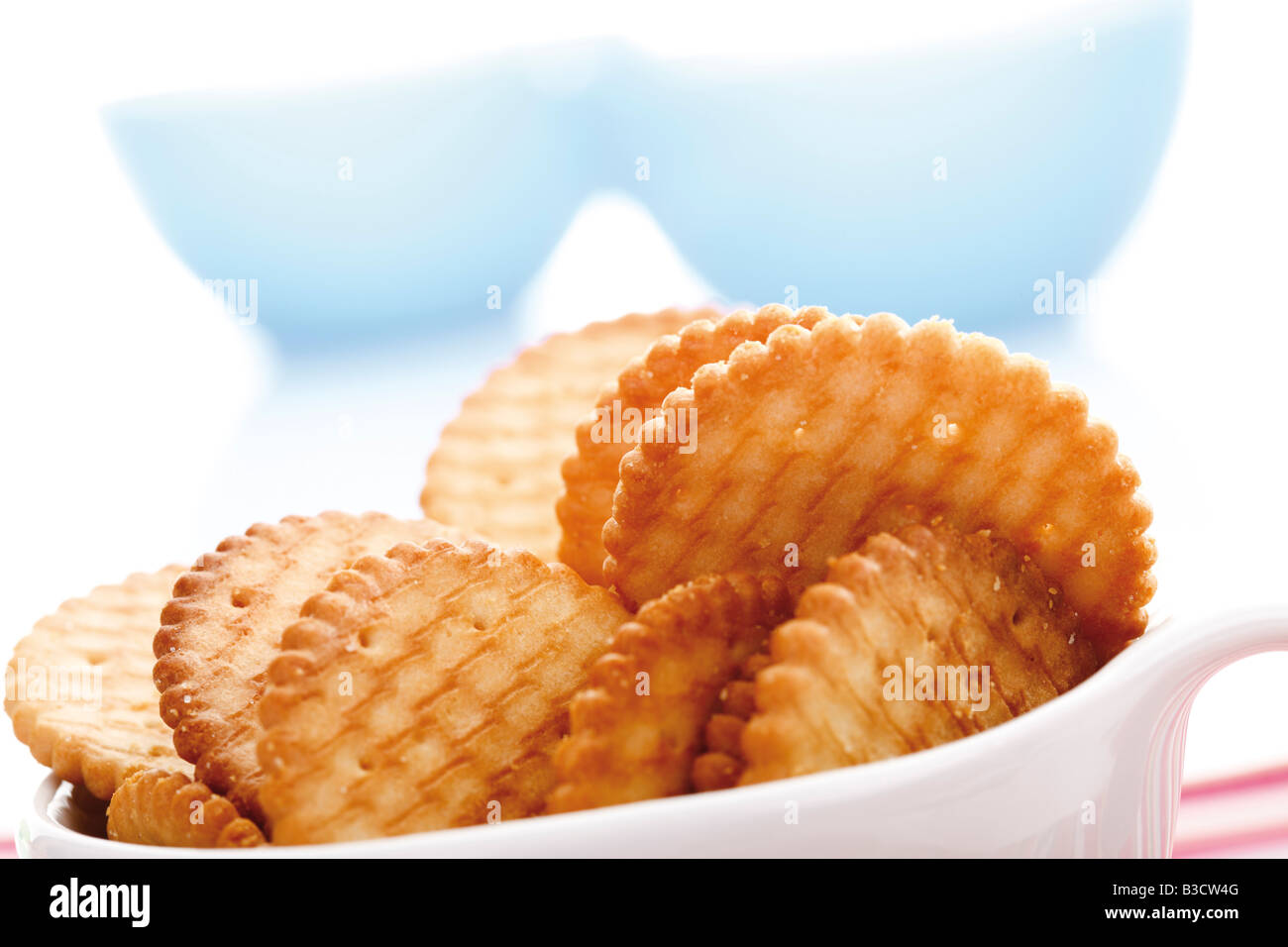 Cracker in bowl, close-up Photo Stock