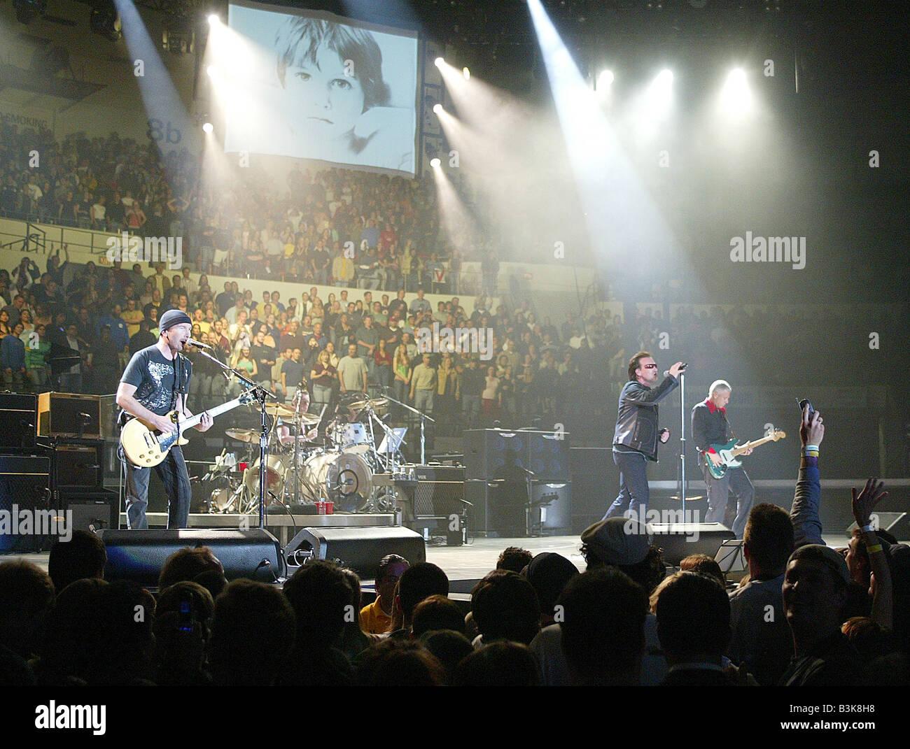 Groupe de rock irlandais U2 en 2005 Photo Stock