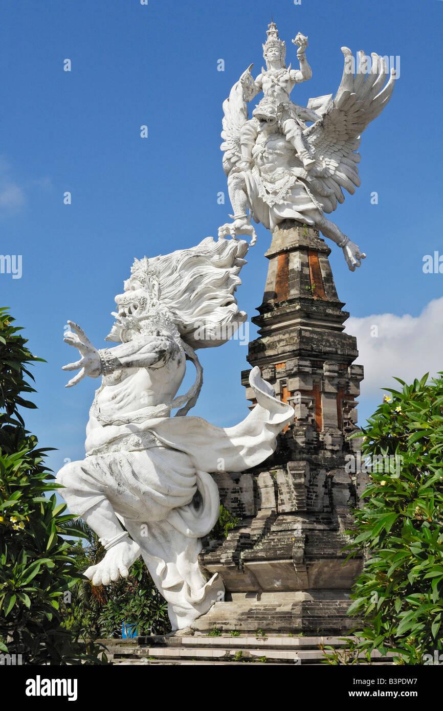 Statues de la mythologie balinaise à Ubud, Bali, Indonésie Photo Stock