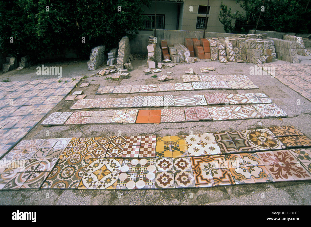 L'Asie, Liban, Beyrouth. Mosaïque de carreaux et de la rénovation de l'usine. Photo Stock