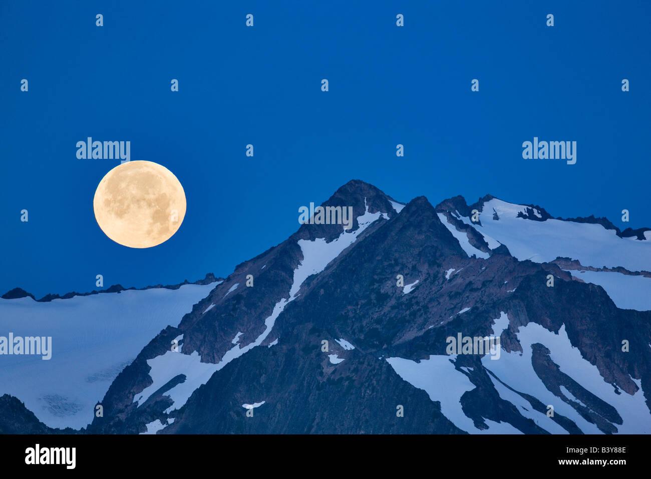 Jeu de lune sur les montagnes Olympiques Olympic National Park Washington Photo Stock