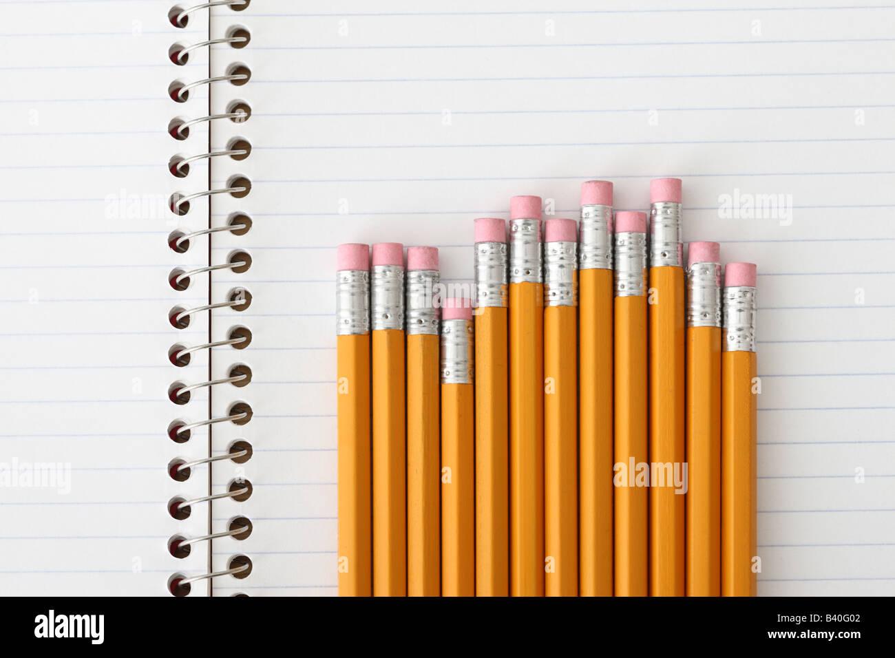 L'éducation de l'École de la vie toujours sur le portable de crayons Photo Stock