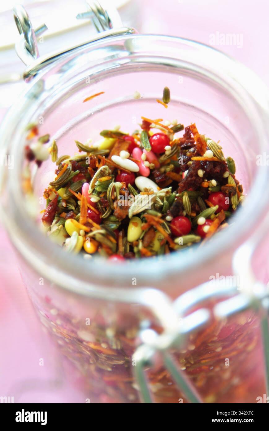 Pot d'Épices mélangées Photo Stock