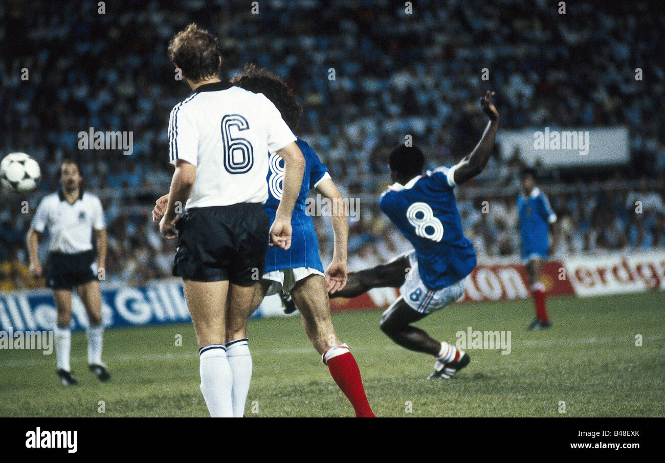 World cup 1982 germany photos world cup 1982 germany images alamy - Demi finale coupe du monde 1982 ...