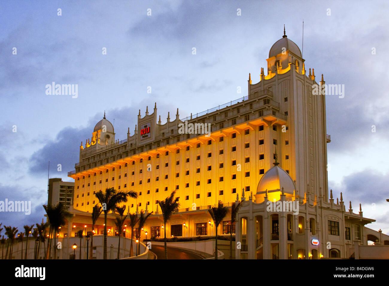 Palm Beach Aruba Antilles néerlandaises Antilles Amérique Centrale Riu Hotel Casino Banque D'Images