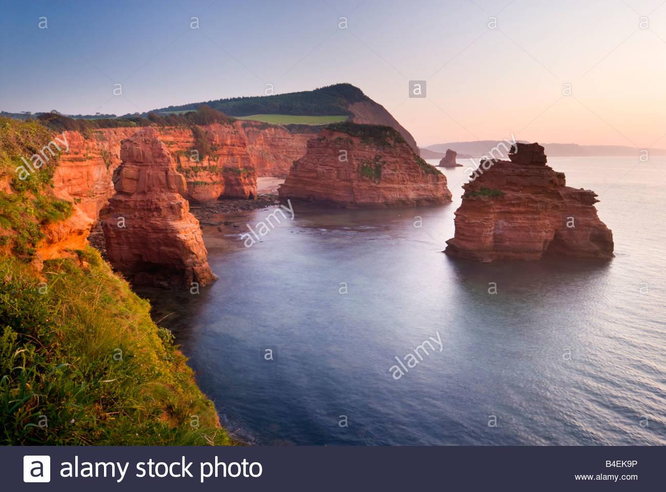 Ladram Bay, près de Sidmouth, l'est du Devon, Sud-ouest de l'Angleterre. Photo Stock
