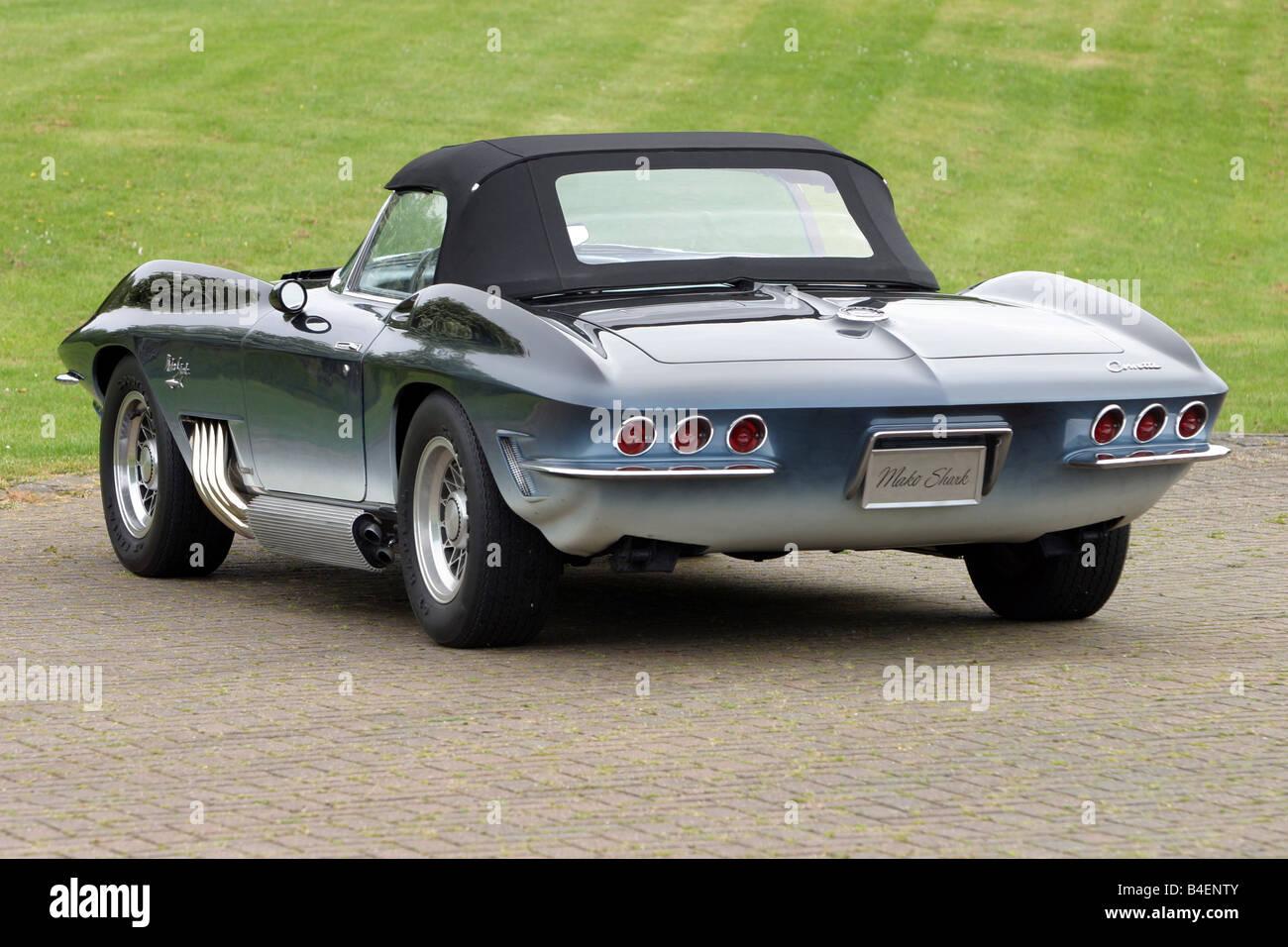 voiture chevrolet corvette mako shark l 39 ann e de mod le 1961 cabriolet voiture d 39 poque. Black Bedroom Furniture Sets. Home Design Ideas