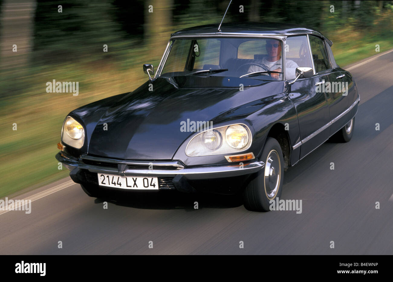citroen ds 21 photos citroen ds 21 images alamy. Black Bedroom Furniture Sets. Home Design Ideas