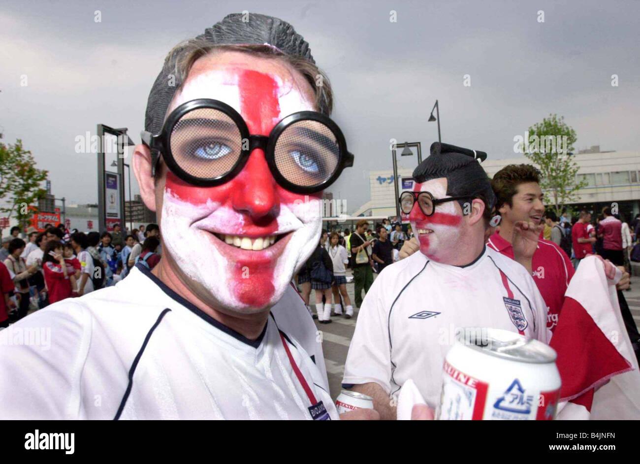 Angleterre Football Fans Supporters Juin 2002 Photo célébrant après avoir gagner contre l'Argentine Photo Stock