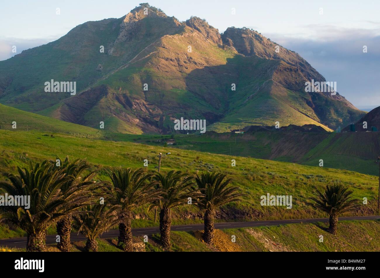 Paysage sauvage sur l'île voisine de Porto Santo à Madère Photo Stock
