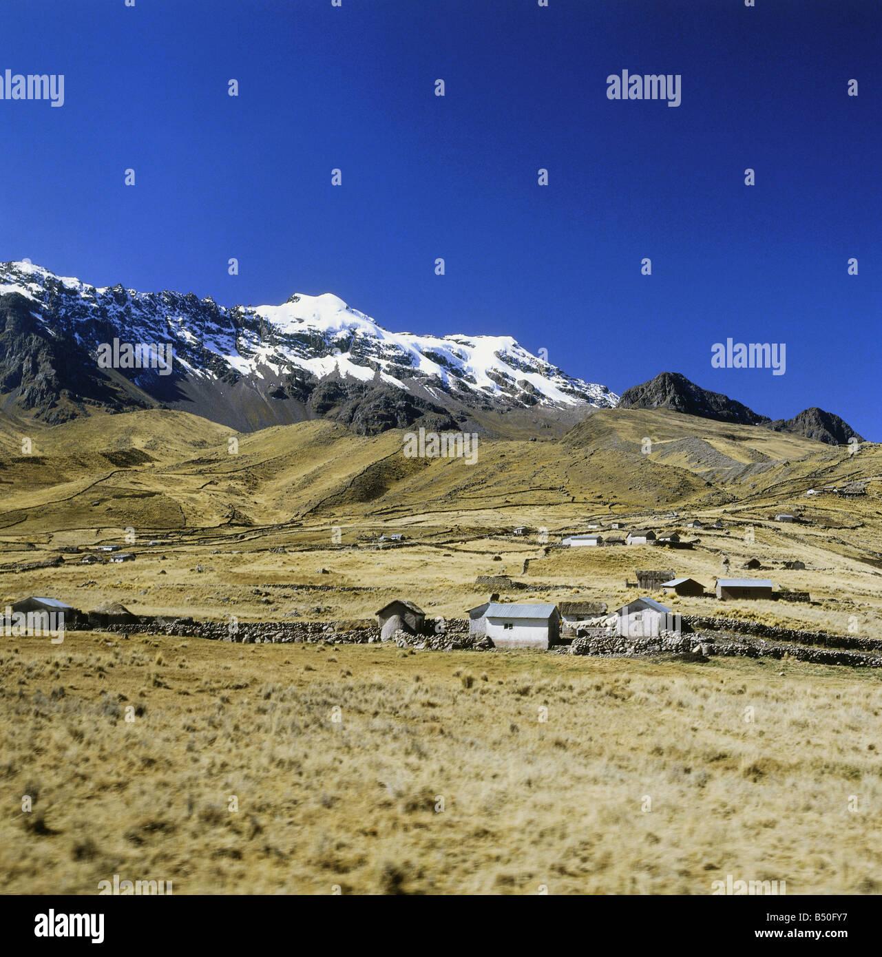 Géographie / voyage, Pérou, de paysages, de fermes entre Puno et Cuzco, Additional-Rights Clearance-Info Photo Stock