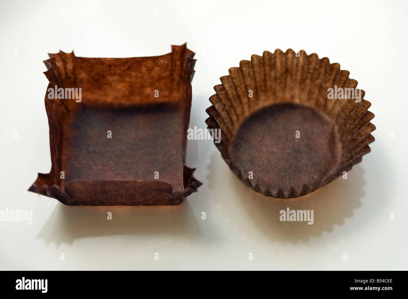 Les enveloppeurs chocolat bonbons vide Banque D'Images