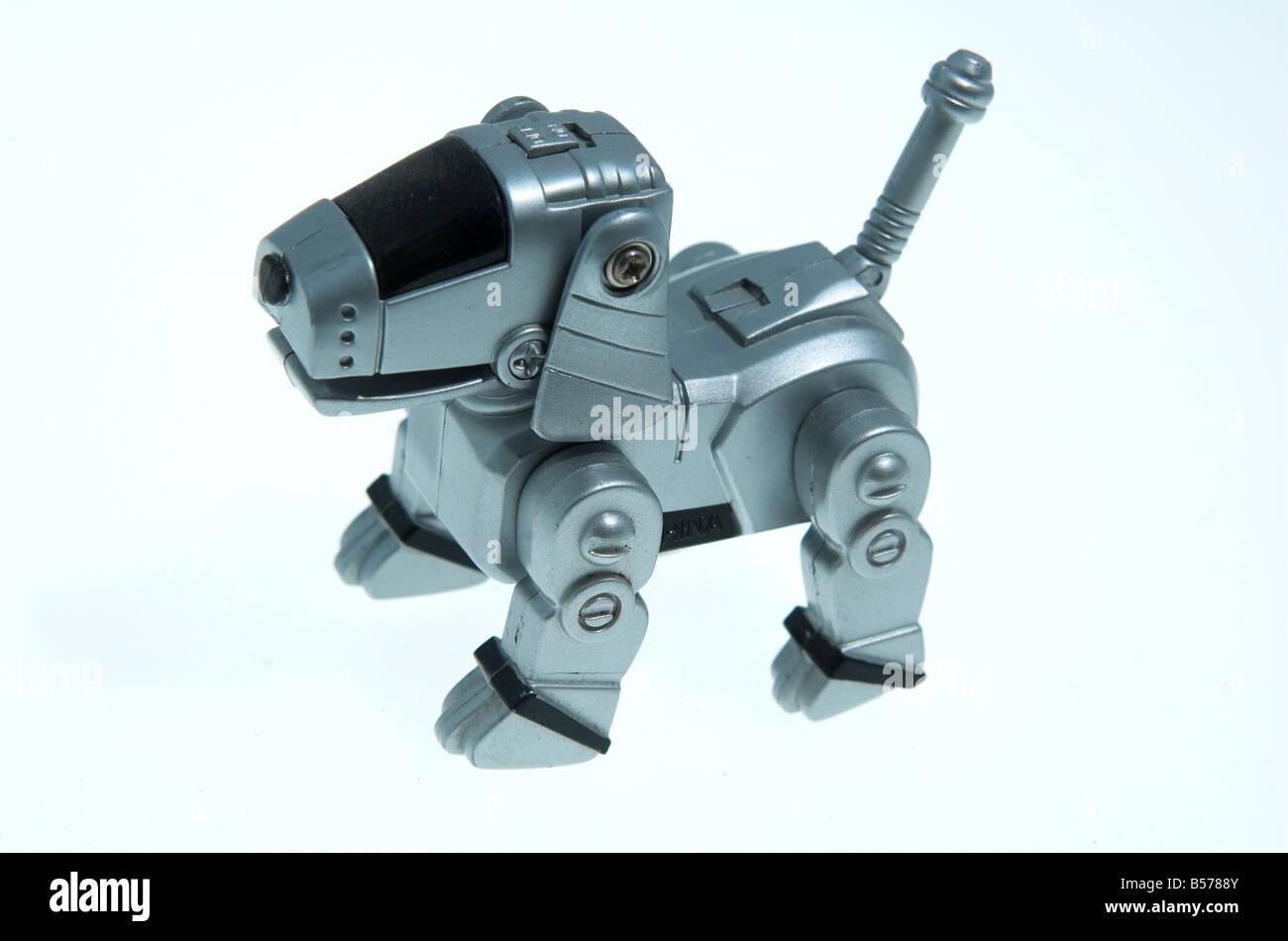 Chien Robot Jouet Banque Dimages Photo Stock 20443835 Alamy