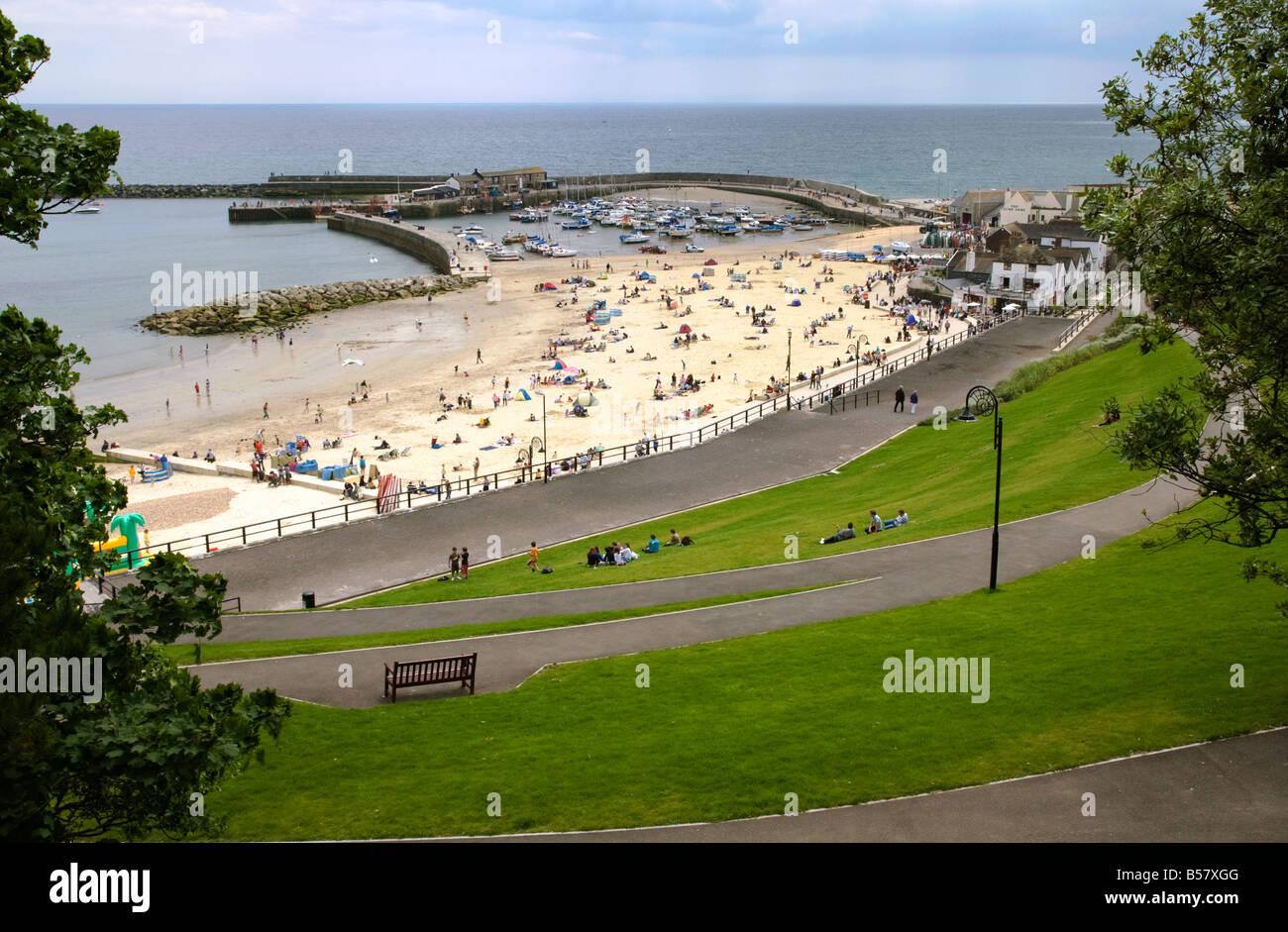 La Cobb et plage de Lyme Regis, dans le Dorset, Angleterre, Royaume-Uni, Europe Banque D'Images
