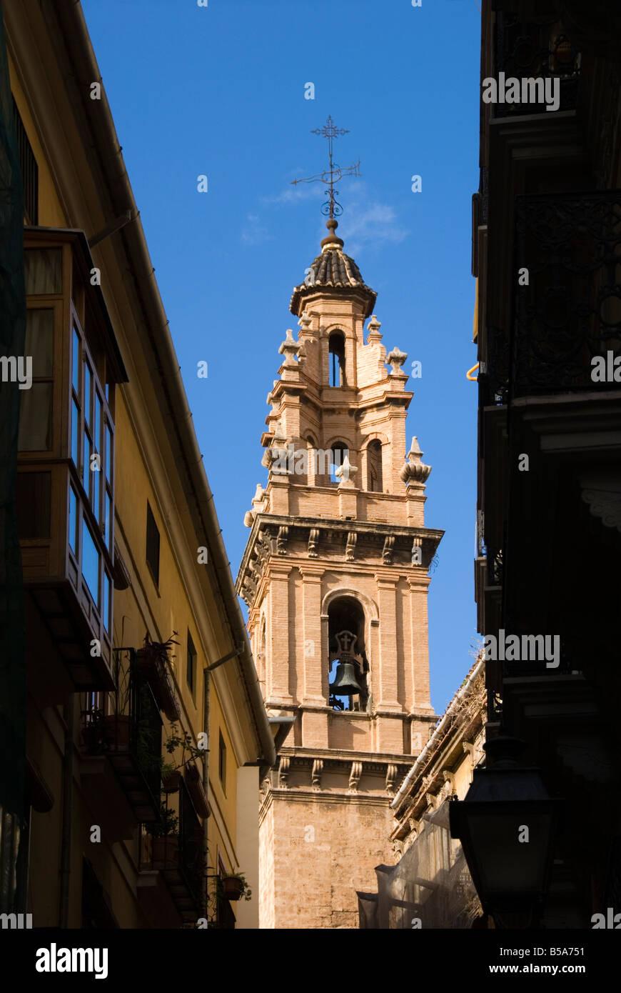 Clocher de l'église de Eglise de San Esteban dans le centre-ville historique de Valence Espagne Photo Stock