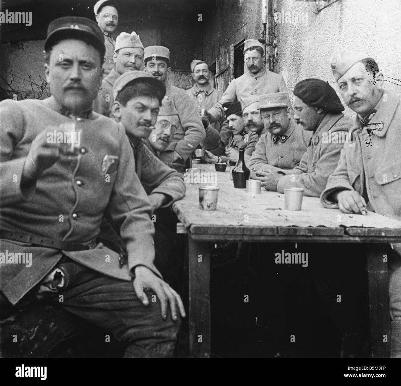 2 G55 F1 1917 20 E WW1 soldats français dirigeants Photo History World War One France soldats et officiers Photo Stock