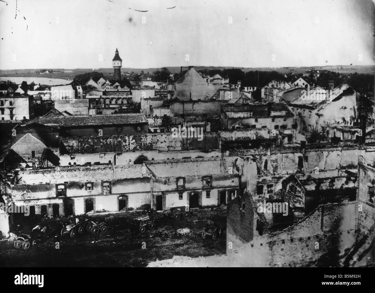2 G55 O1 15 1914 LA PREMIÈRE GUERRE MONDIALE, la destruction à Ortelsburg Photo History WWI Front de l'est Photo Stock
