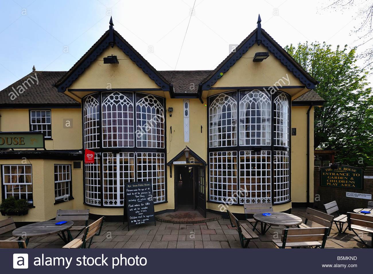 La maison du seigle, un pub et un restaurant à la maison du seigle, Hoddesdon. Photo Stock