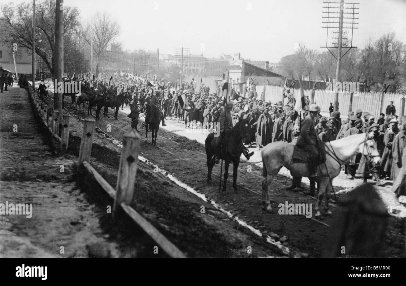 9 1916 318 A1 E Bataille du Lac Narocz1916 Russ prisons World War 1 Front de l'est la défaite des troupes russes après une offensive sur Banque D'Images