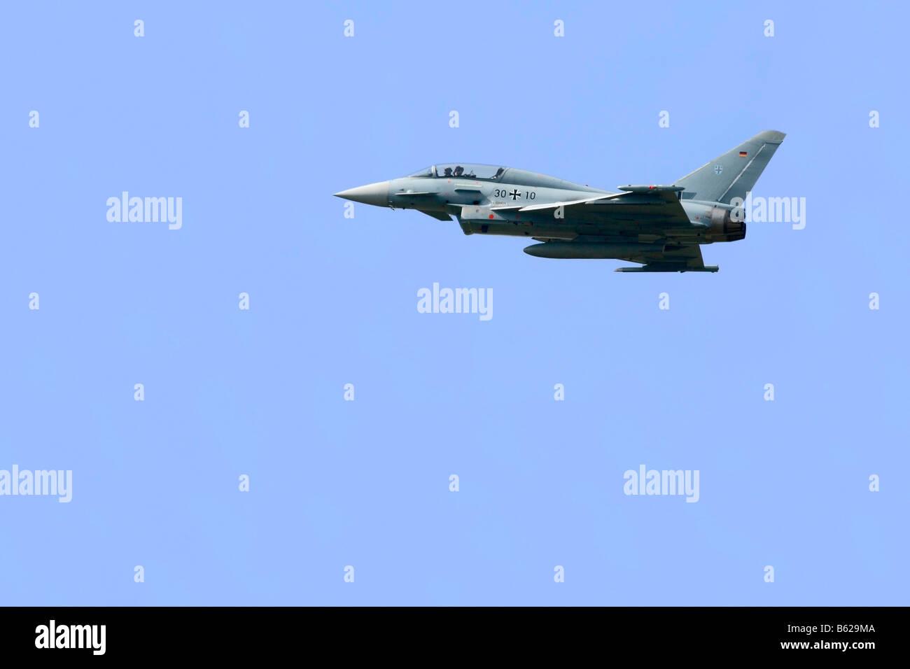 L'Eurofighter Typhoon, d'avions tactiques de la Luftwaffe en vol Photo Stock
