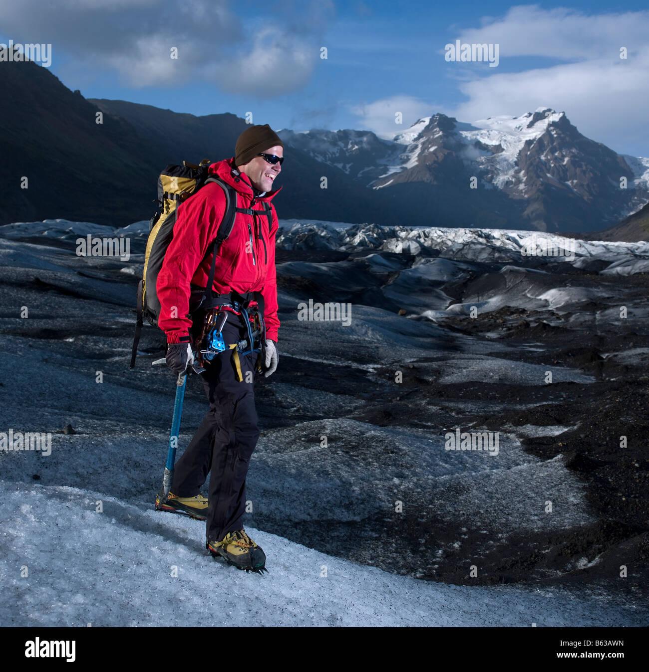 La randonnée sur glacier, Svinafellsjokul est de l'Islande Photo Stock
