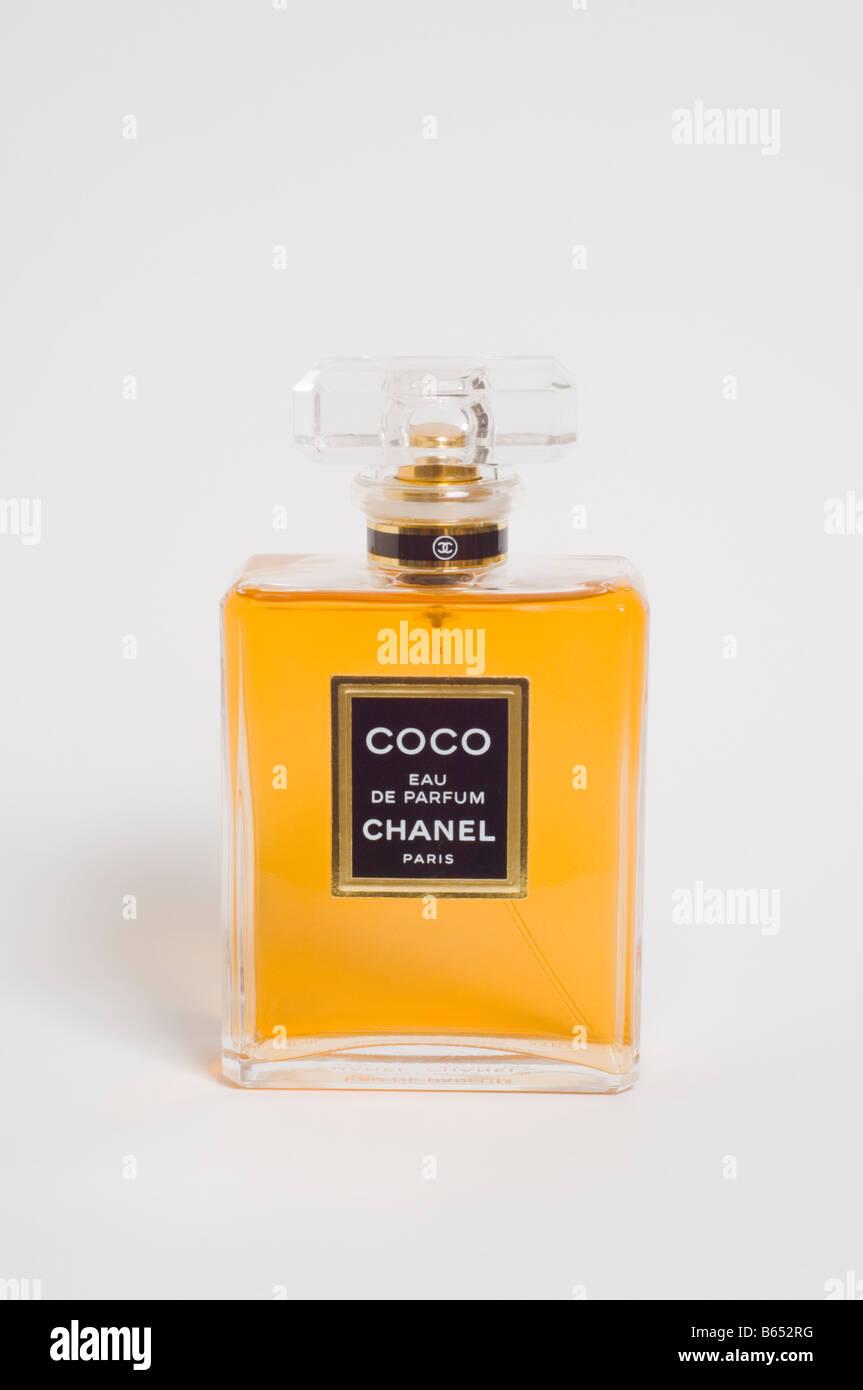 Une Bouteille D Eau De Parfum Coco Chanel Luxe Couteux De Haute