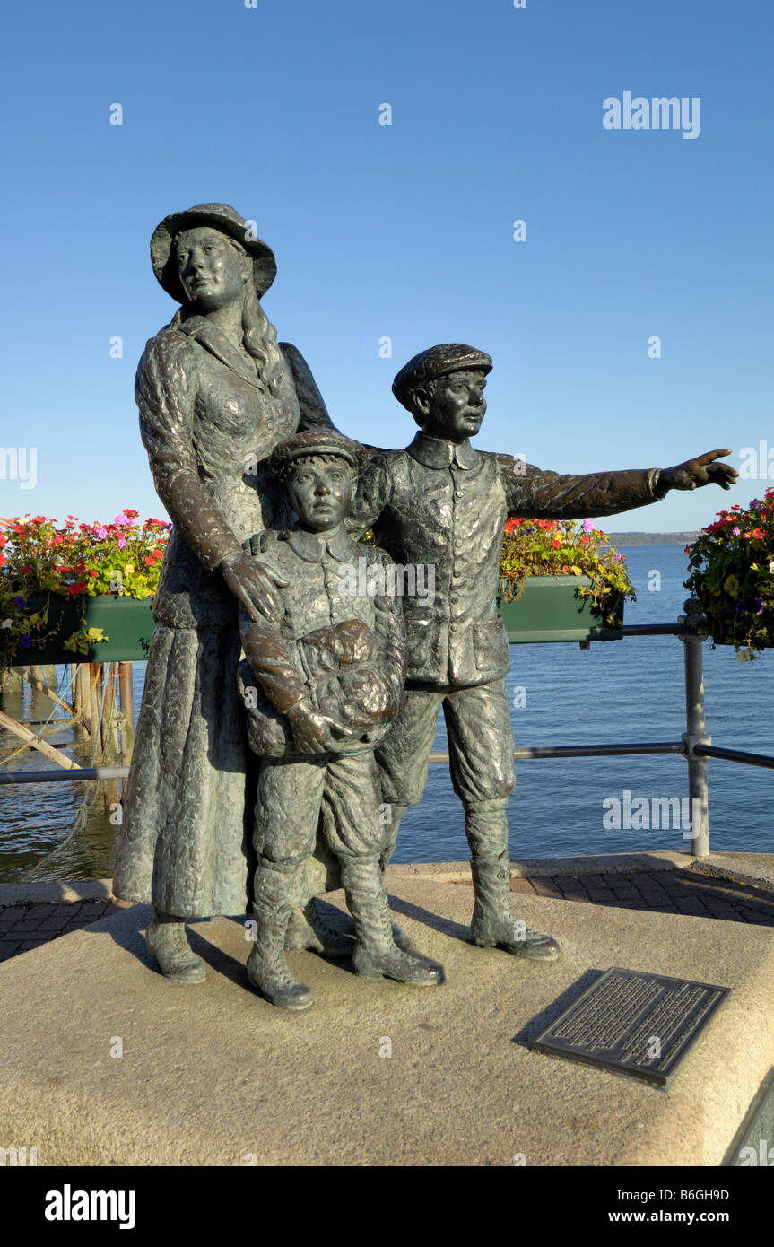 Annie Moore brothers premier Irish immigrants américains Cobh Banque D'Images