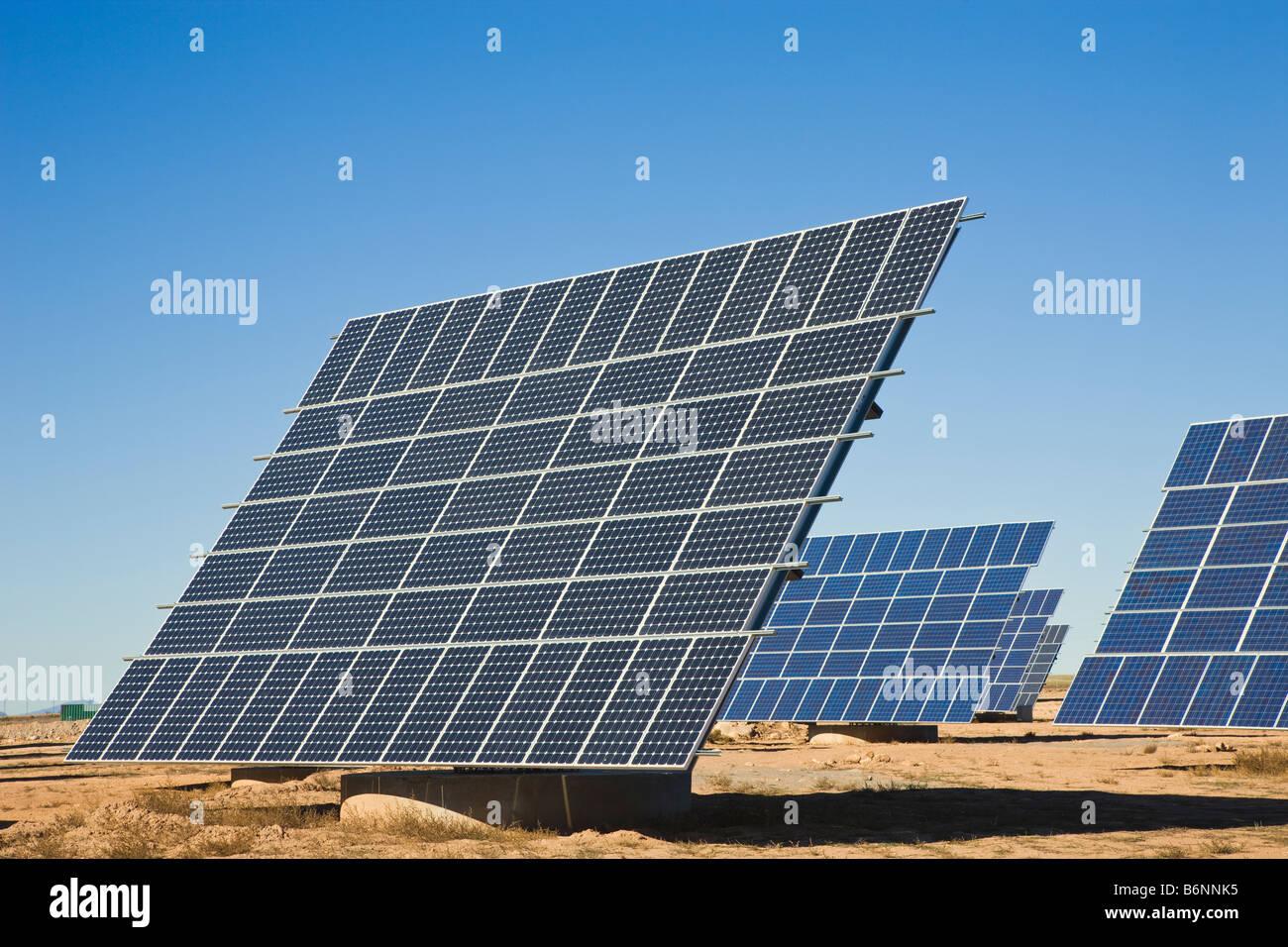 L'énergie solaire près de La Calahorra Province de Grenade Espagne Photo Stock