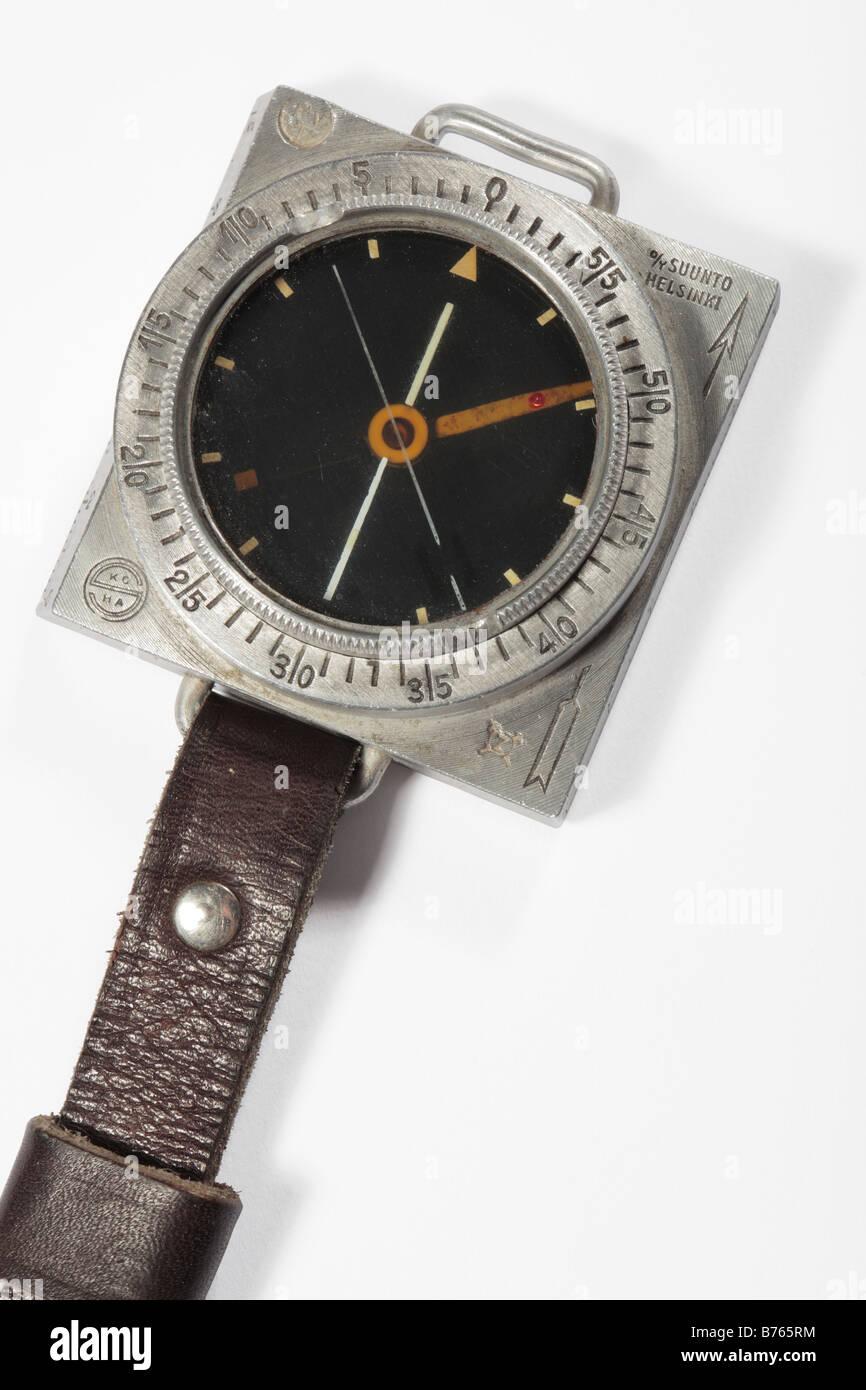 Old Finnish Suunto M34 Compas militaire Banque D'Images