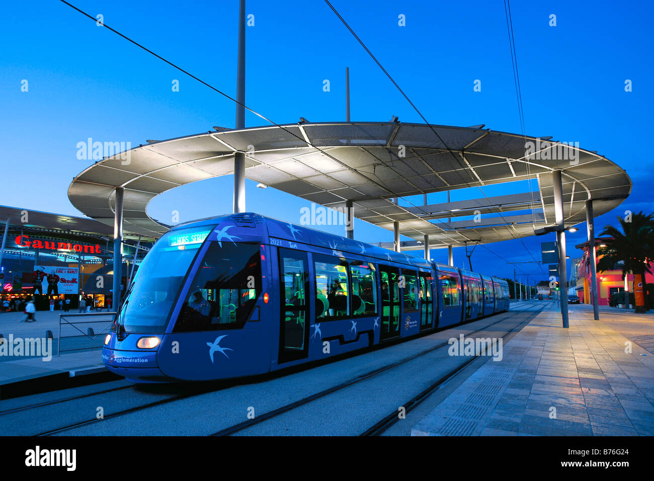 tramway odysseum montpellier france banque d 39 images photo stock 21657276 alamy. Black Bedroom Furniture Sets. Home Design Ideas