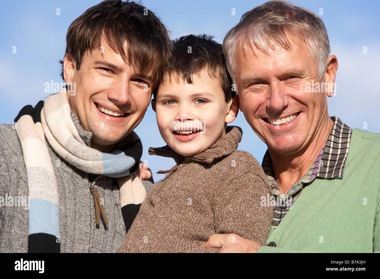 Portrait de grand-père, père et fils Banque D'Images