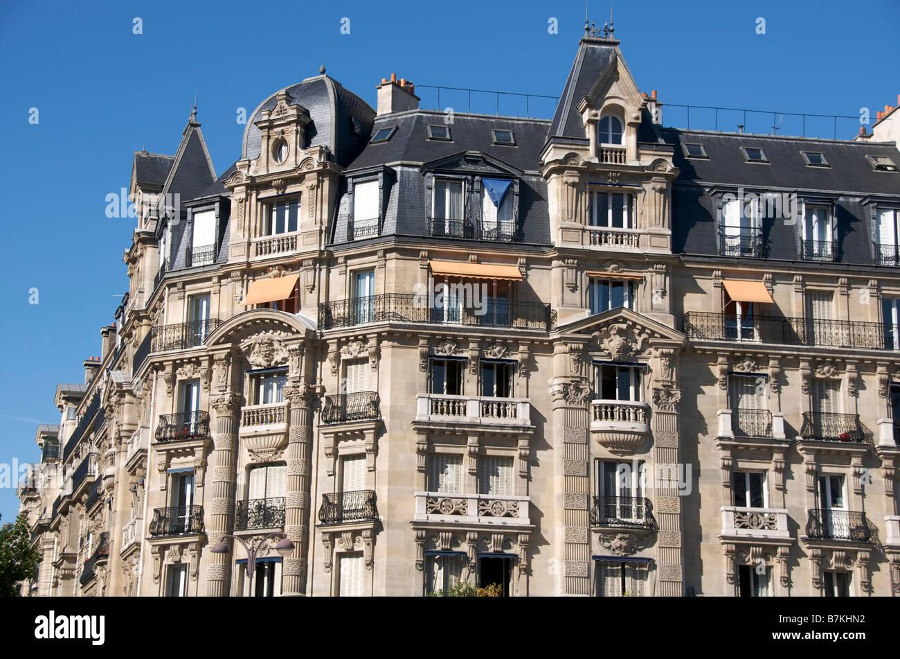 Immeuble Haussmannien à Paris. La France. Banque D'Images