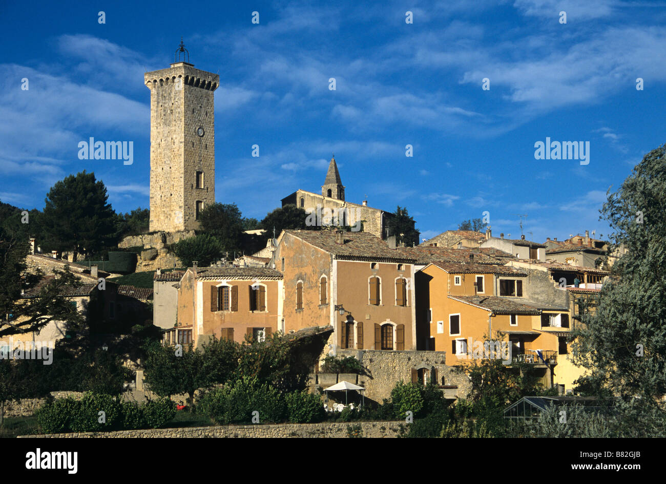 Village Provençal de Saint Martin de Brômes ou St Martin de bromes Alpes de Haute Provence, Provence, Photo Stock
