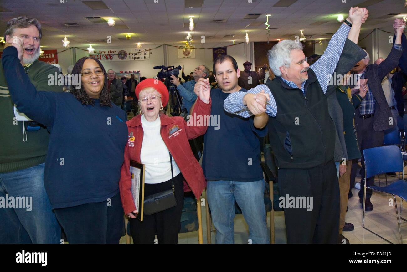 Les grévistes sur des années 1930 Rencontrez des grévistes de 2008 sur le Photo Stock