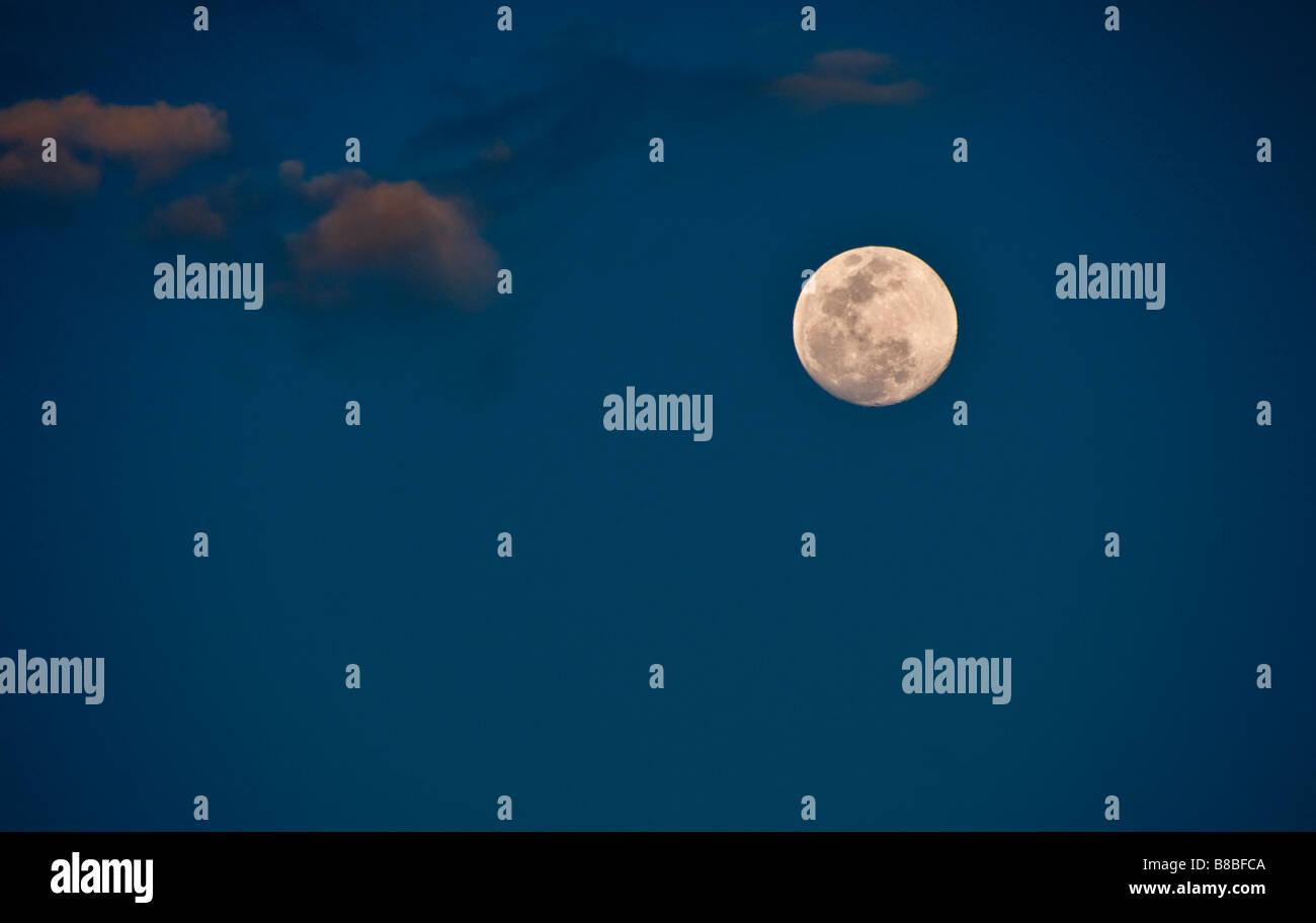 Pleine lune dans les tropiques Photo Stock