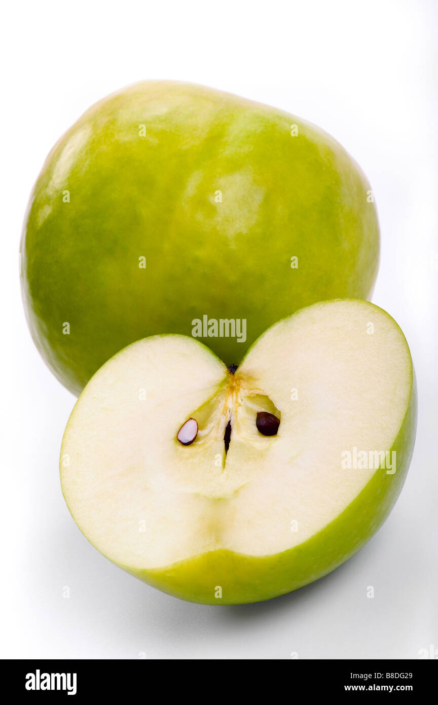 Pomme verte fruits aliments coupe souches macro complet Photo Stock
