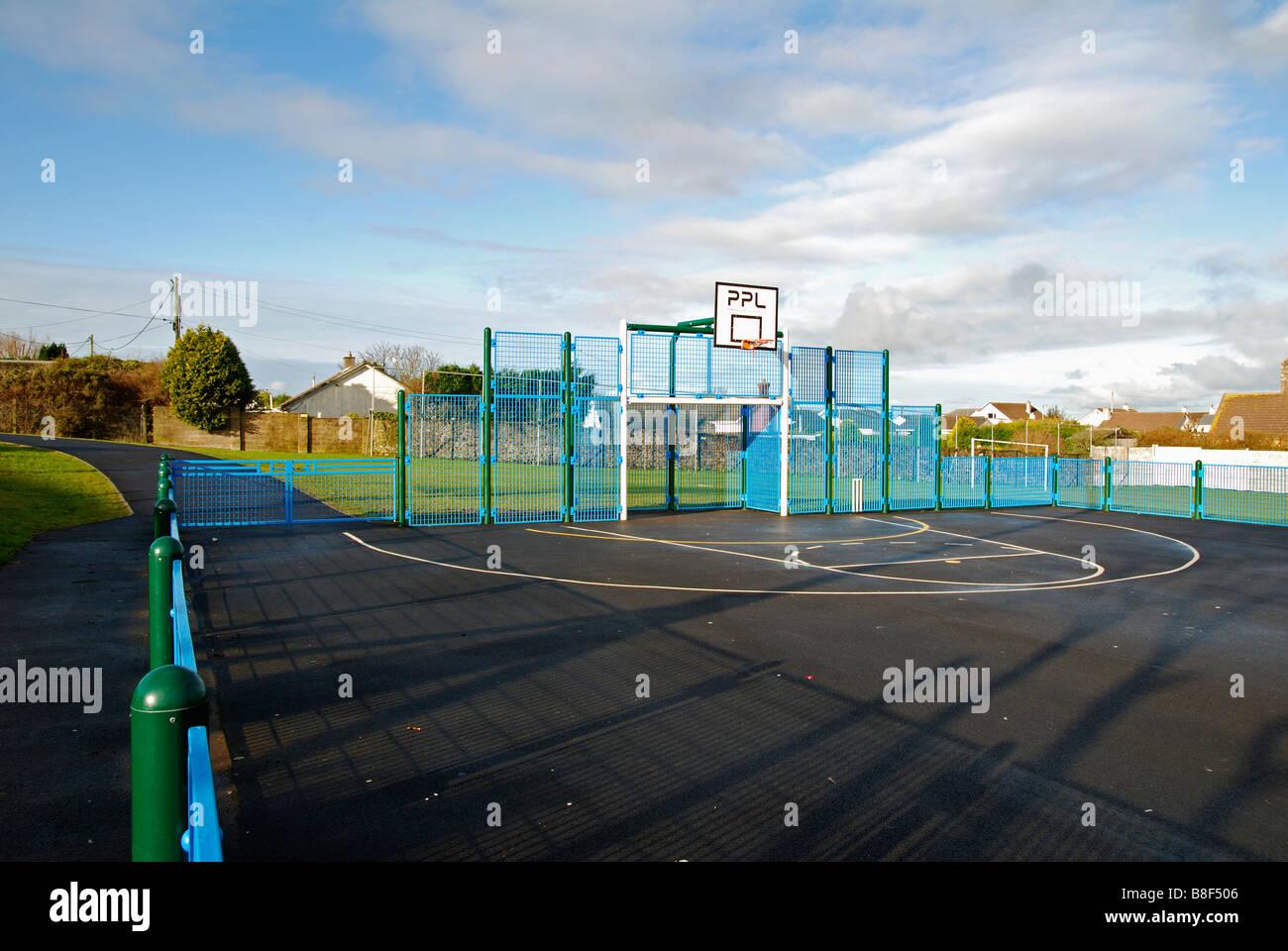 Une piscine en plein air terrain de sport en tous temps,hayle cornwall,uk Banque D'Images