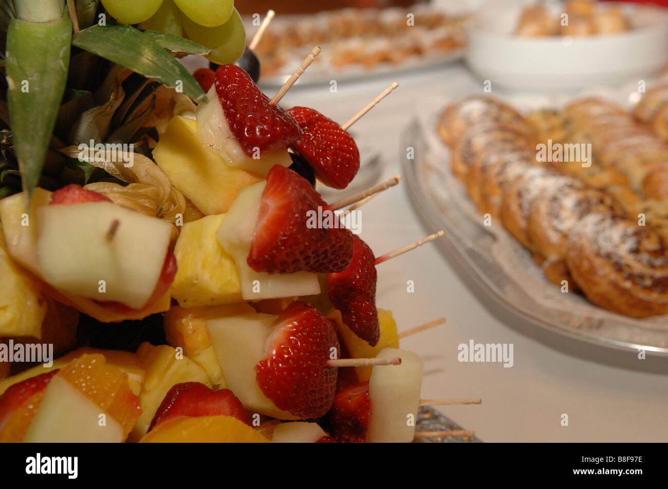 Repas Buffet verre décoré fruits faim Photo Stock
