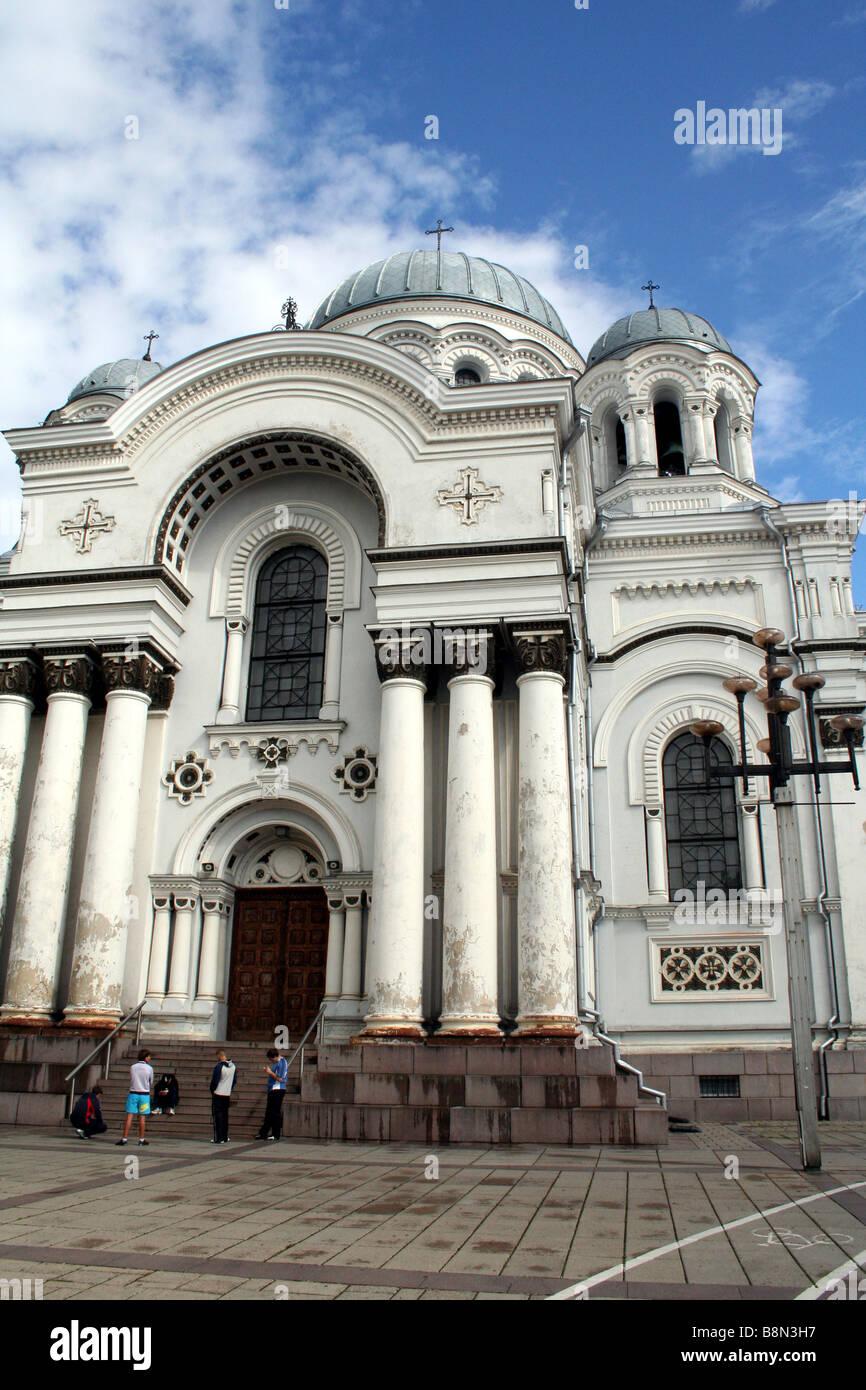 Eglise Saint Michel Archange sur Laisvės Alėja (Avenue de la Liberté) à Kaunas En Lituanie Banque D'Images
