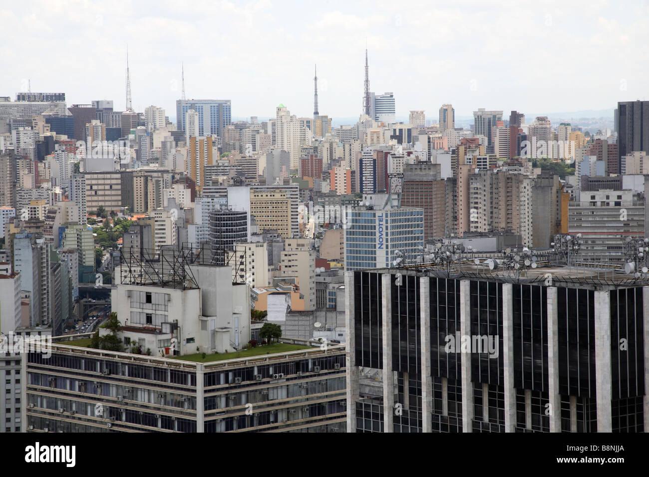 Sur les toits de la ville de Sao Paulo au Brésil Photo Stock