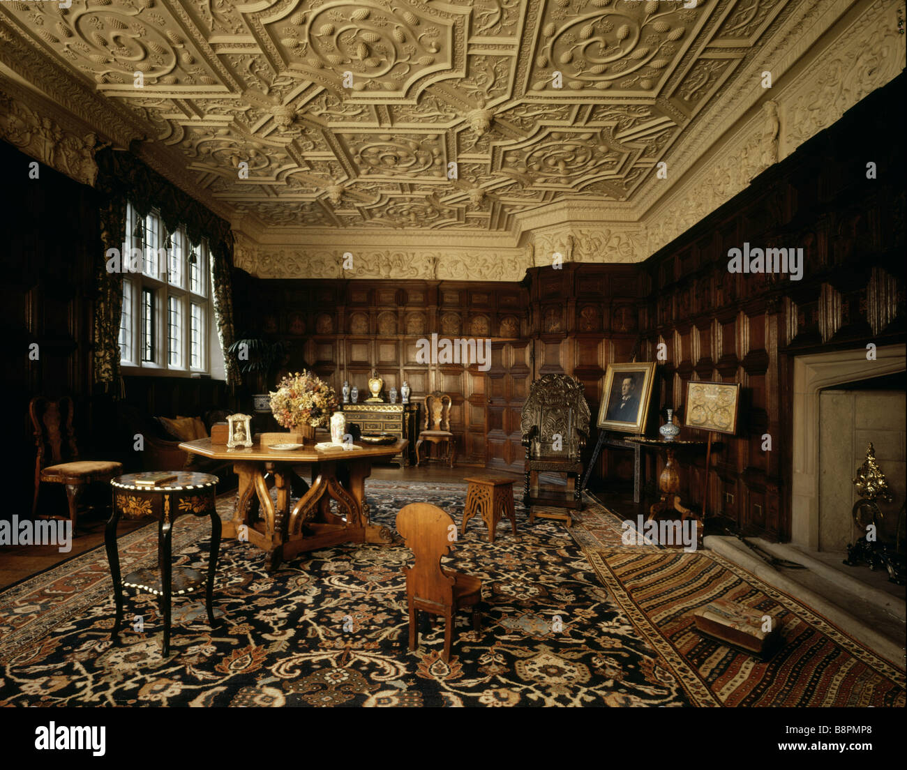 Gawthorpe Hall le Salon montrant lambris de style jacobéen C1604 ...