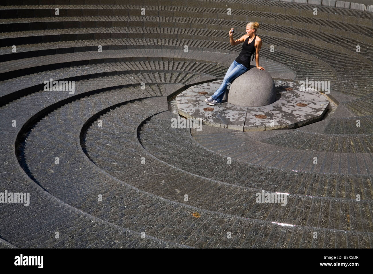 Photographier l'Fontaine spirale à Darling Harbour, Sydney, New South Wales, Australia Photo Stock