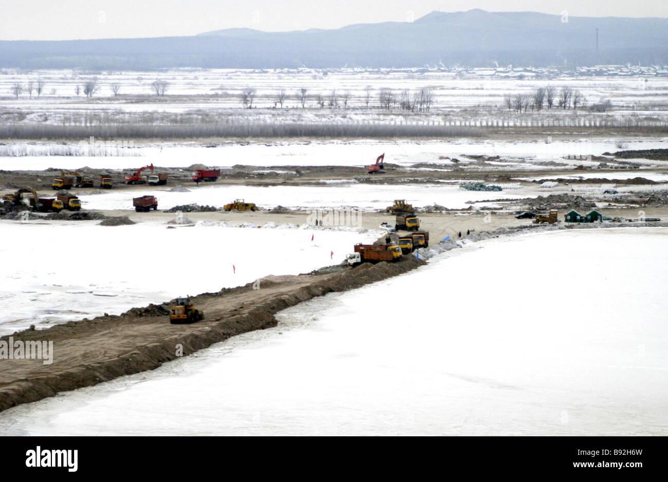 Construire Pres D Un Ruisseau construction d'un barrage photos & construction d'un barrage