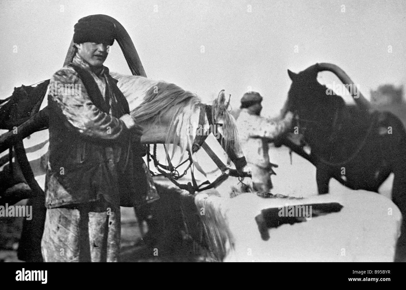 Au début du xxe siècle des charretiers Photo Stock