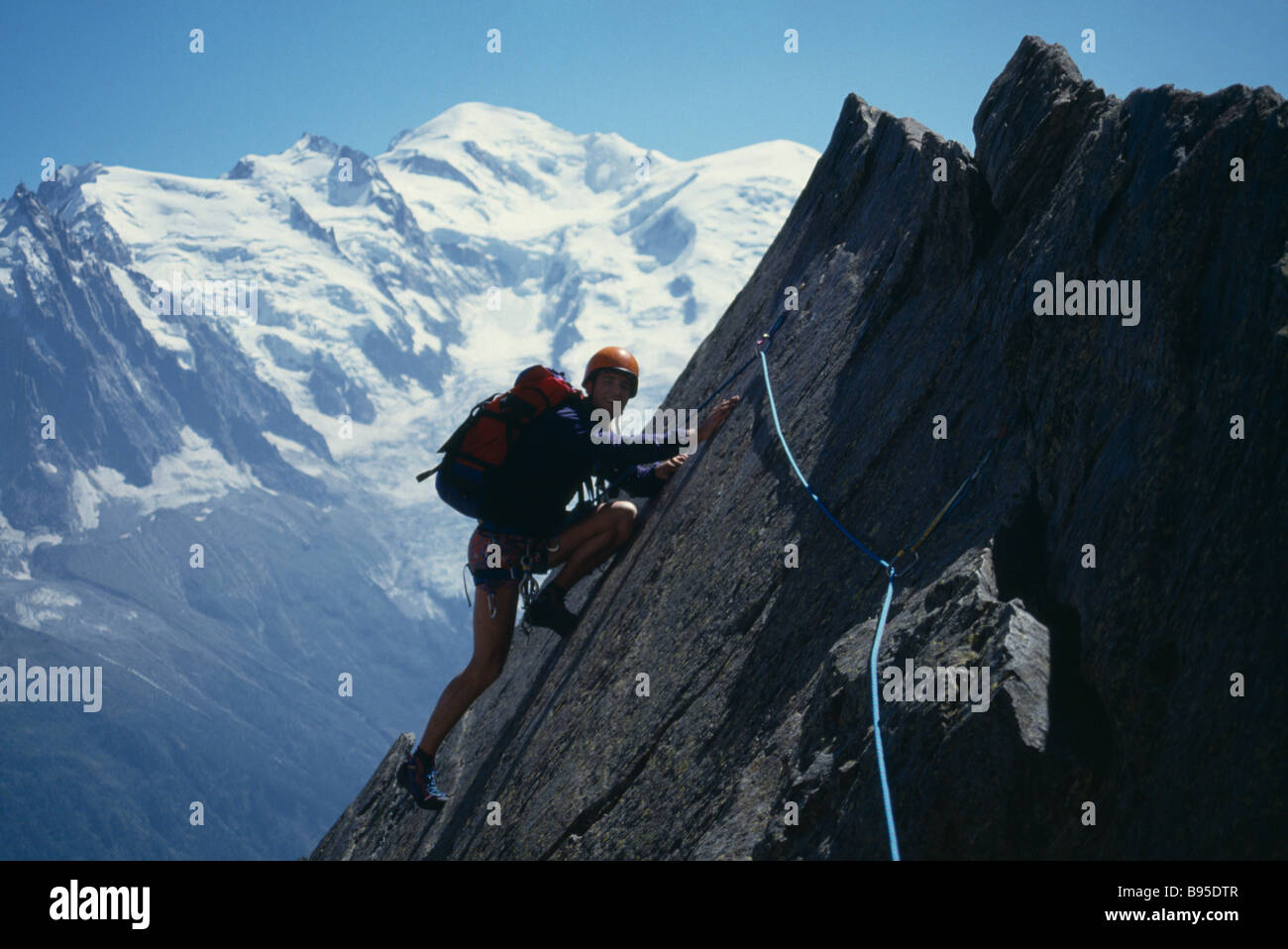 Escalade Alpinisme SPORT hauteur dalle La Chappelle de la guere du massif des Aiguilles Rouges dans les Alpes. Banque D'Images