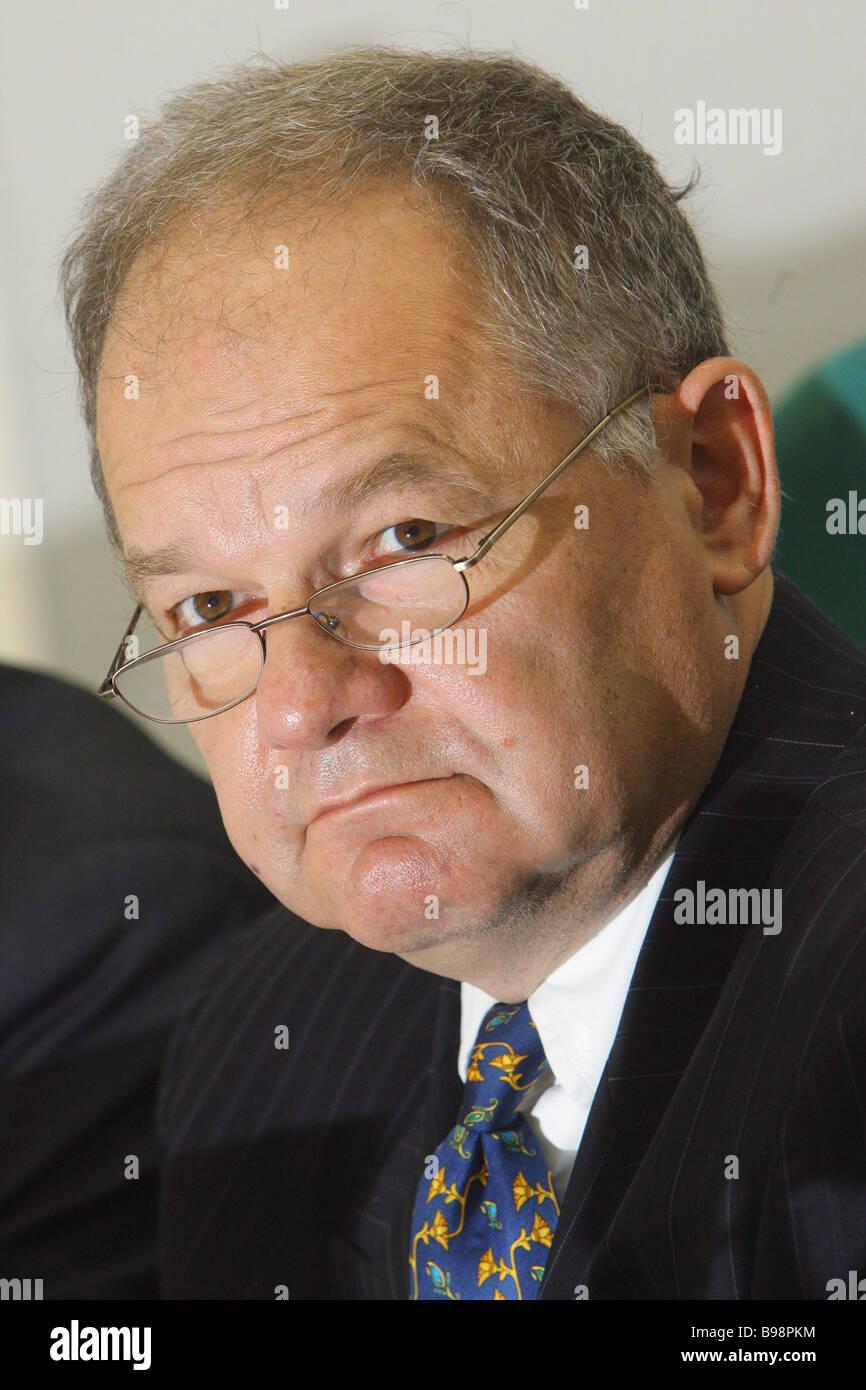 Neven Mates chef du FMI d'un bureau de représentation à Moscou assister à la conférence Photo Stock