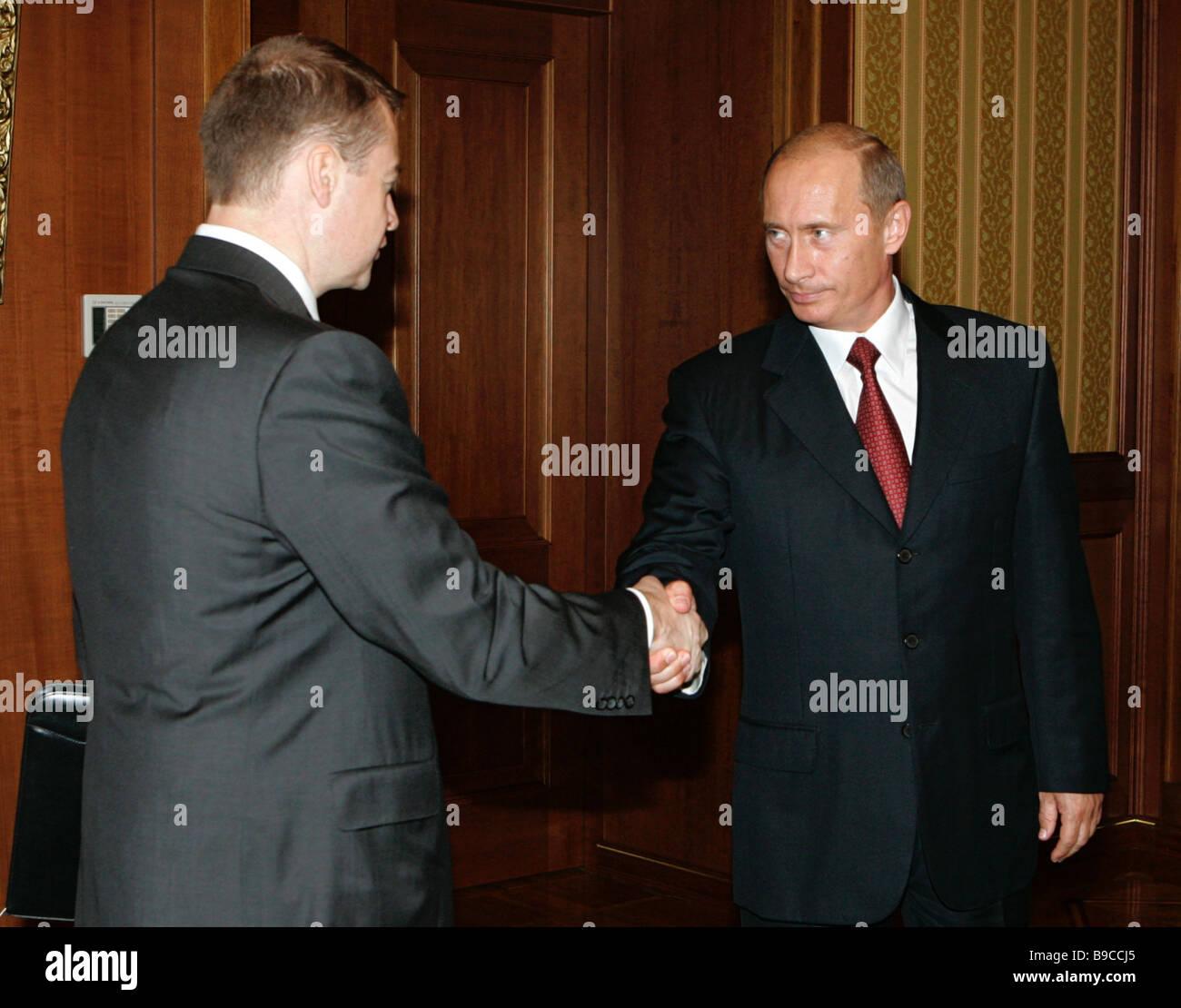 Le président de la République de Mari El Leonid Markelov et le président russe Vladimir Poutine de Photo Stock