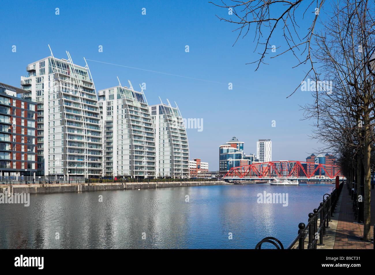 Les bâtiments NV appartements de luxe et le pont de Detroit, Salford, Greater Manchester, Angleterre Photo Stock